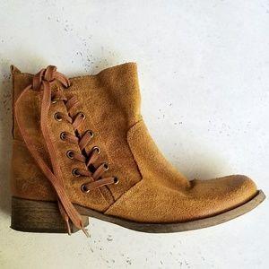 Aldo Soft Leather Lace Up Ankle Boots - sz 8